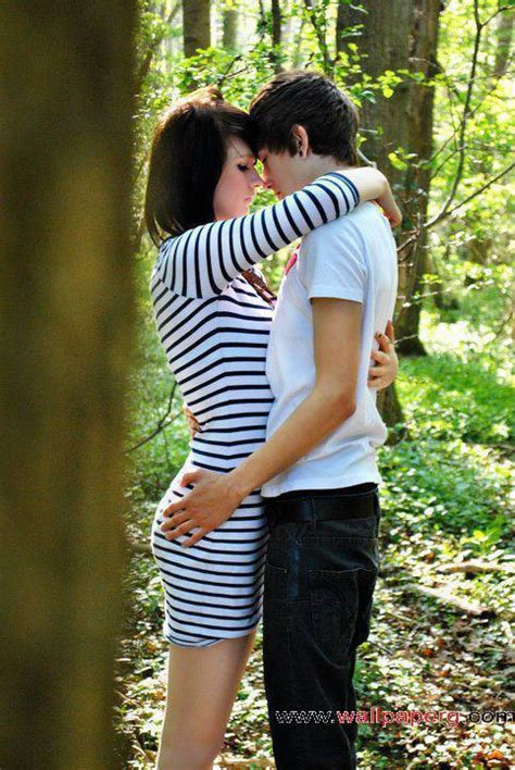 Download Hug in the forest - Romantic wallpapers for your
