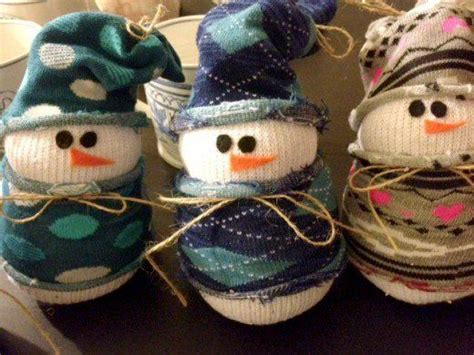 52 Easy Christmas Craft Ideas | Crafts for seniors, Easy