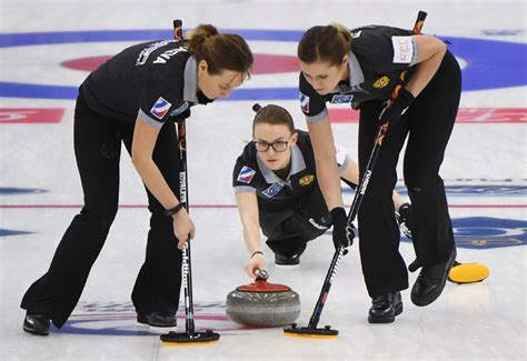 Canada-Russia final set at world women's curling