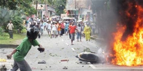 INDONESIA Moluccas: three dead and 60 wounded in clashes