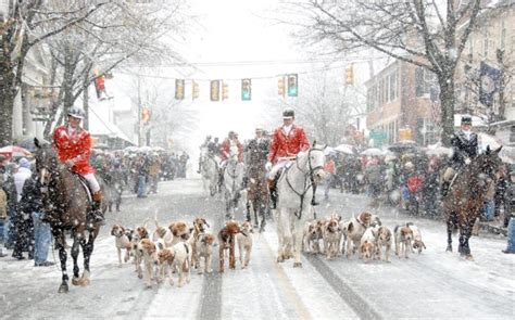 See 7 Of Virginia's Best Christmas Towns On This Road Trip